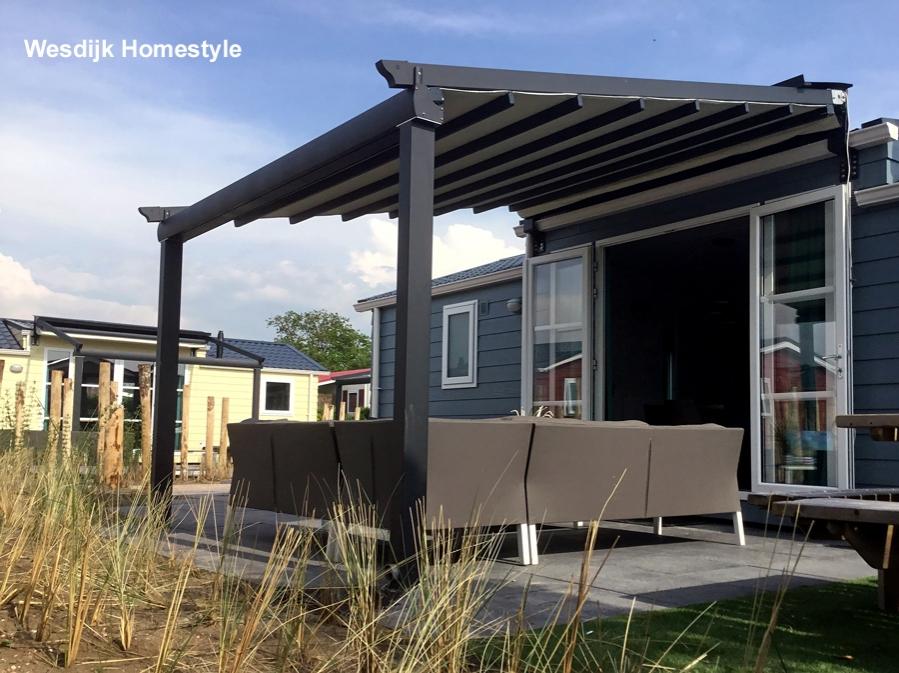 Terrasoverkapping pvc terrasoverkapping met pvc doek terrasoverkapping pvc advies design en - Terras houten pergola ...